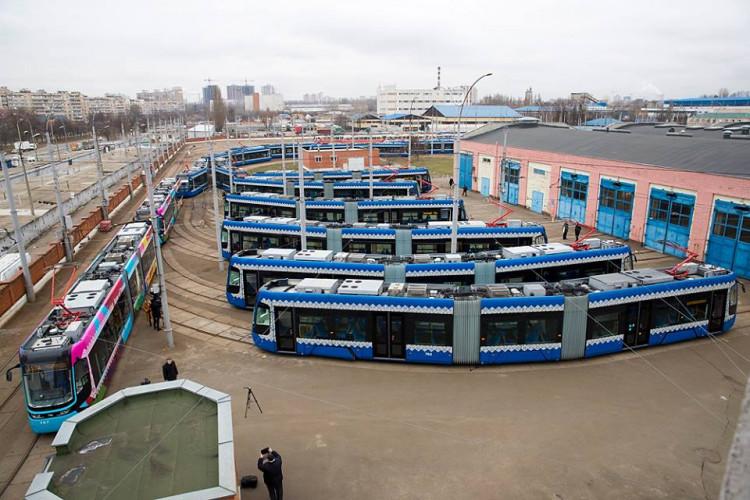 У столиці польські трамваї прикрасять портретами видатних киян