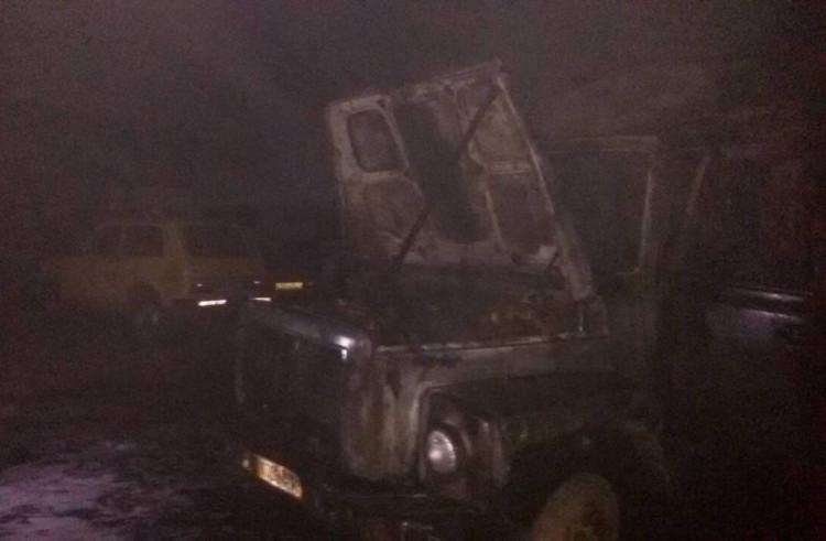 На Херсонщині спалахнула пожежа на підприємстві з вивозу сміття (ФОТО)