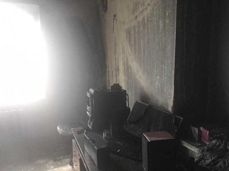 НаЛьвівщині увласному будинку ледь незгорів чоловік
