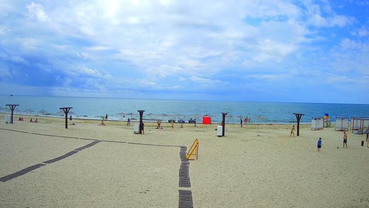 Пляжи на курортах Херсонщины опустели