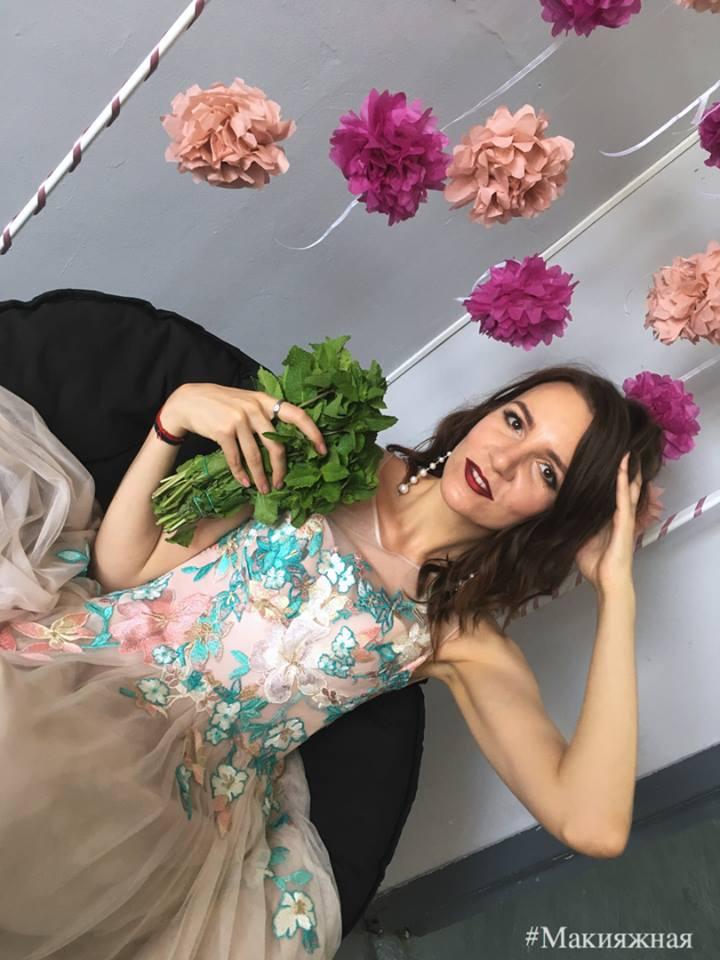 З Україною у шафі  Як етніка проймає сучасну моду - новини Запоріжжя ... d619bbd24675e