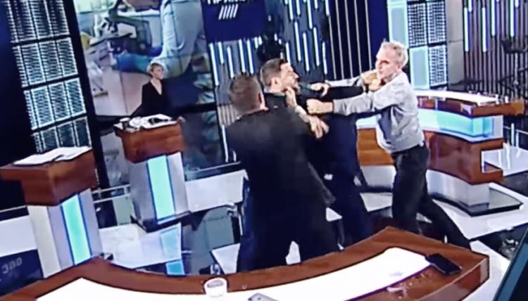 Народный депутат впрямом эфире напал наоппонента— Дикая Украина