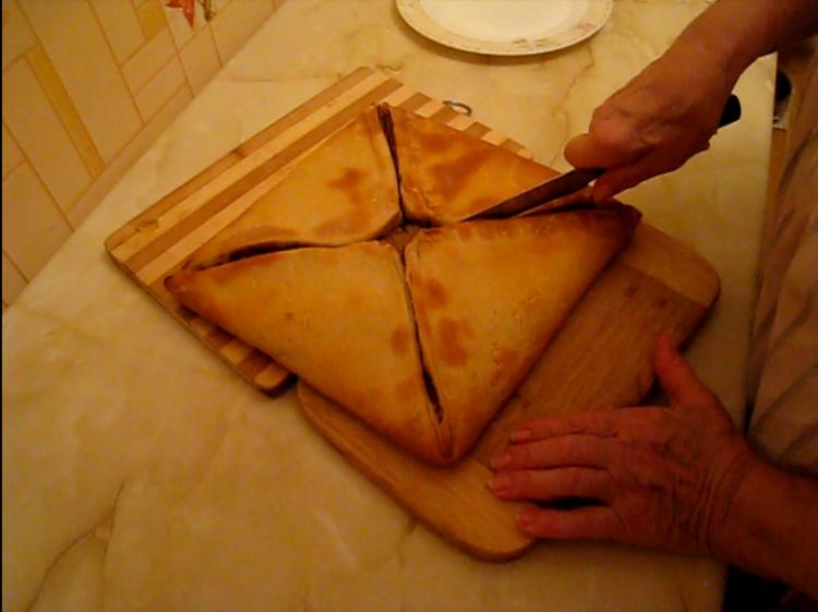 """Грецький м""""ясний пиріг Шумуш"""